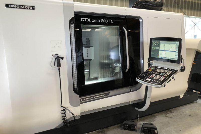 Frontansicht der CNC-Maschine DMG Mori CTX beta 800 TC